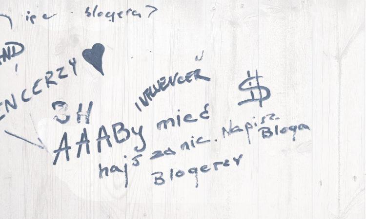 Ile zarabiają influencerzy? I blogerzy. YouTuberzy.