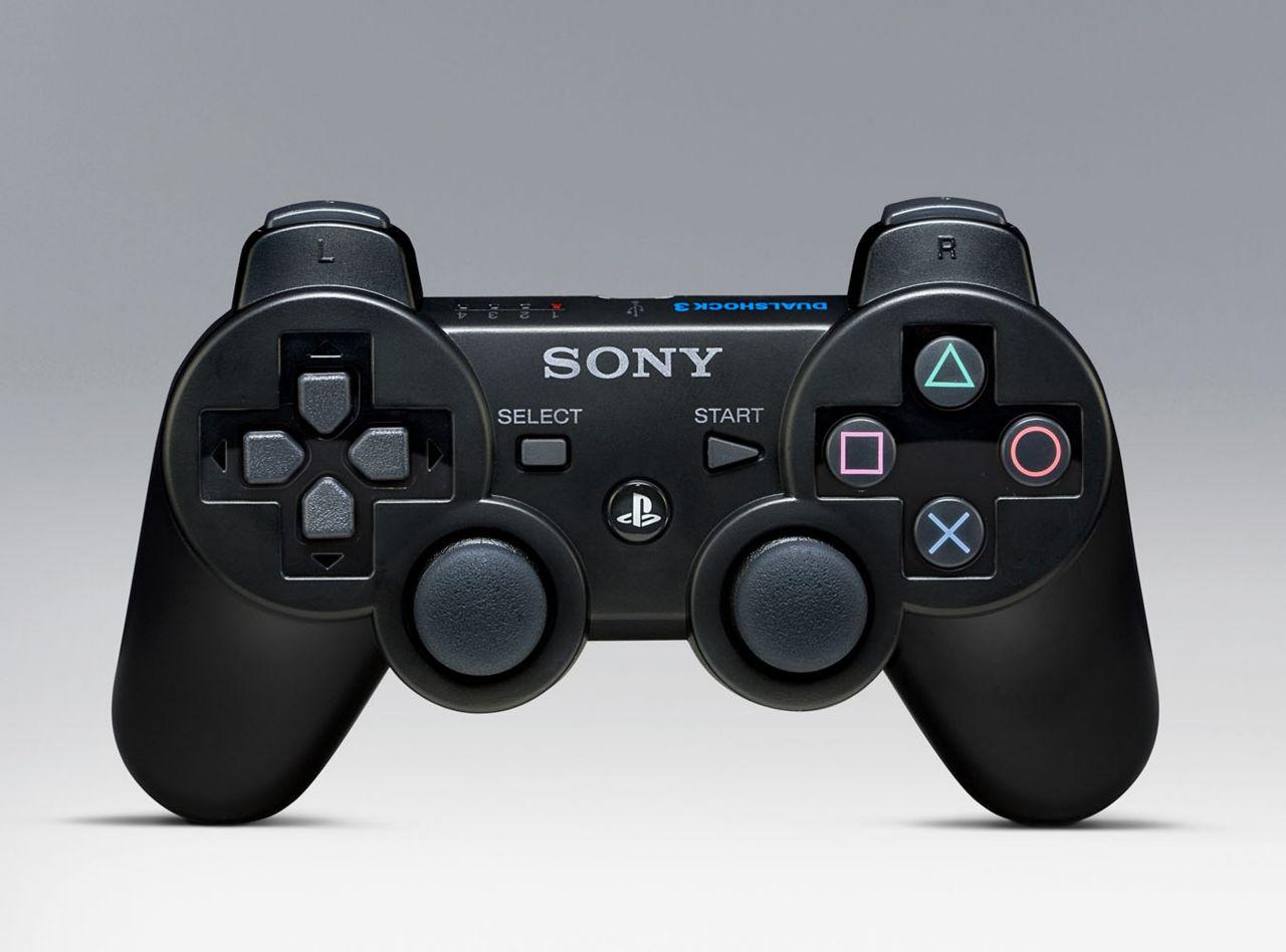Pad do PS3 testowany przez dziecko