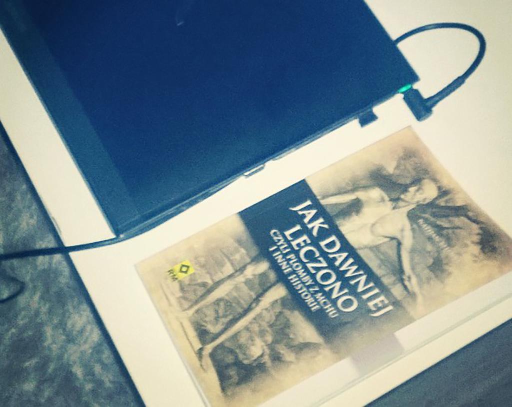 Ostatnio czytam książkę