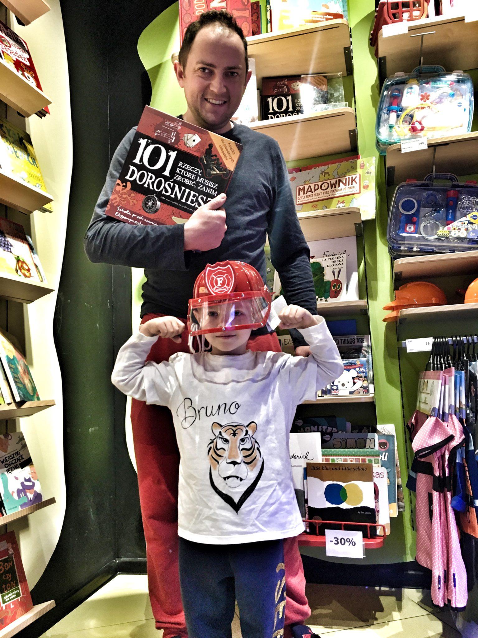 Imaginarium, jeden z lepszych sklepów dla dzieci. Takietoys4boys dla dzieciaków. Tych starszych również. 30 latkowie znajdą tam coś dla siebie i swoich dzieci.