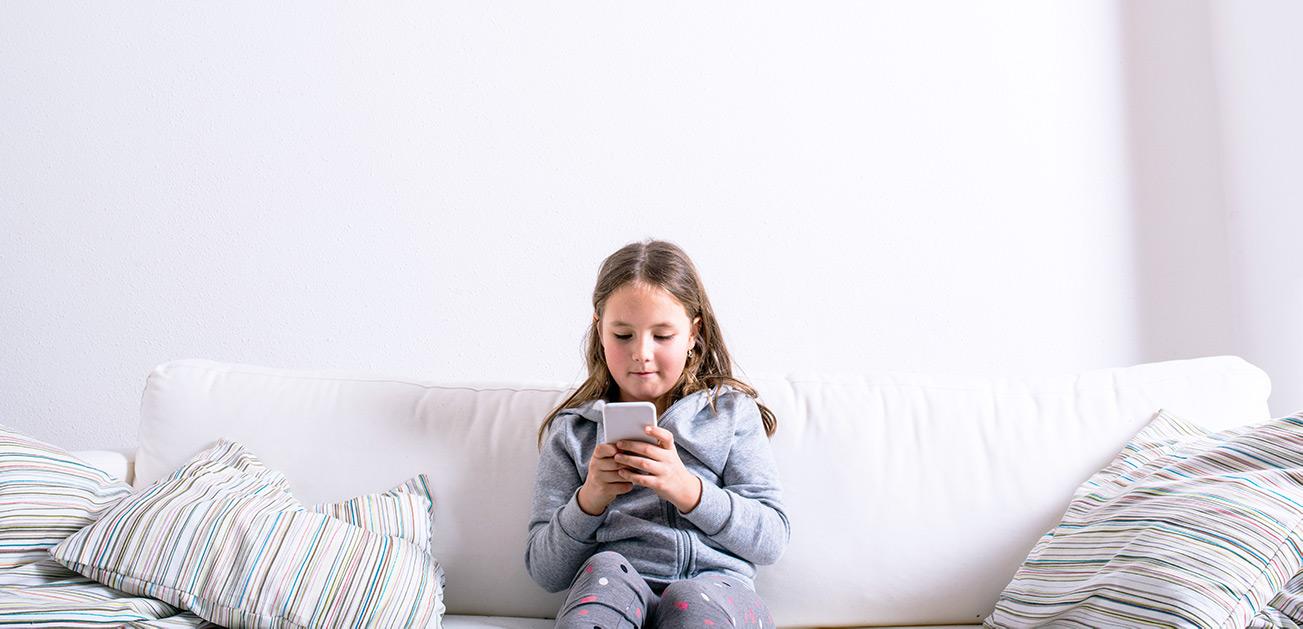 Jak przyblokować dzieciom telefon?